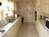 Kitchen - 23 square meters of property in Erasmia