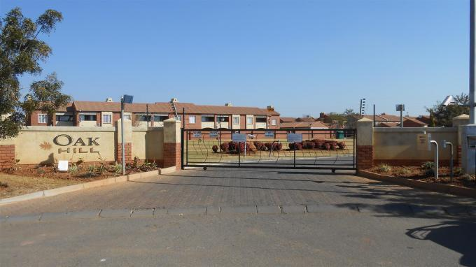 Standard Bank EasySell 2 Bedroom Sectional Title for Sale For Sale in Moreletapark - MR132010