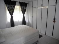 Main Bedroom of property in Shallcross