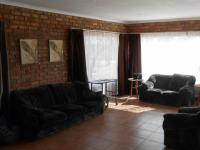 Lounges - 88 square meters of property in Cullinan