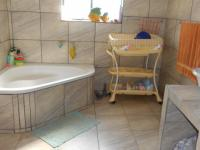 Main Bathroom - 20 square meters of property in Cullinan