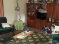 Lounges - 31 square meters of property in Krugersdorp