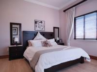 Bed Room 2 - 16 square meters of property in Silver Lakes Golf Estate