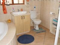 Bathroom 1 - 10 square meters of property in Bronkhorstspruit