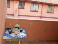 Patio - 7 square meters of property in East Lynne