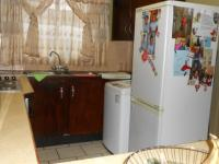 Kitchen - 9 square meters of property in East Lynne