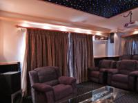 Cinema Room - 25 square meters of property in Woodhill Golf Estate
