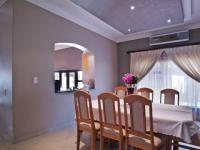 Dining Room - 19 square meters of property in Woodhill Golf Estate