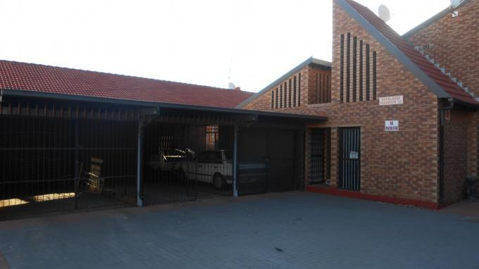 2 Bedroom Sectional Title for Sale For Sale in Rustenburg - Home Sell - MR132226