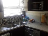 Kitchen - 6 square meters of property in Douglasdale