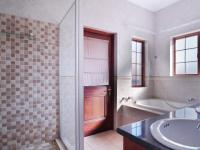 Main Bathroom - 9 square meters of property in Woodlands Lifestyle Estate
