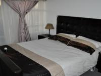 Main Bedroom - 15 square meters of property in Windsor