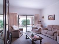 Lounges - 25 square meters of property in The Meadows Estate