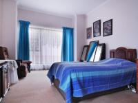 Main Bedroom - 23 square meters of property in The Meadows Estate