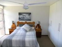 Main Bedroom - 21 square meters of property in Amanzimtoti