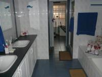 Bathroom 2 - 15 square meters of property in Amandasig