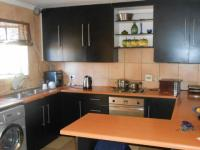 Kitchen - 13 square meters of property in Dalpark