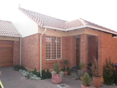 2 Bedroom House for Sale For Sale in Pretorius Park - Private Sale - MR13251