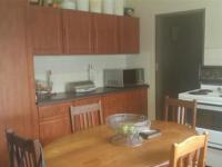 Kitchen - 11 square meters of property in Rietkuil