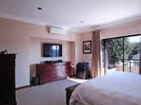 Main Bedroom - 39 square meters of property in Irene Farm Villages