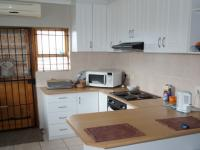 Kitchen - 9 square meters of property in Eerste Rivier