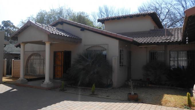 4 Bedroom House for Sale For Sale in Benoni - Home Sell - MR132618