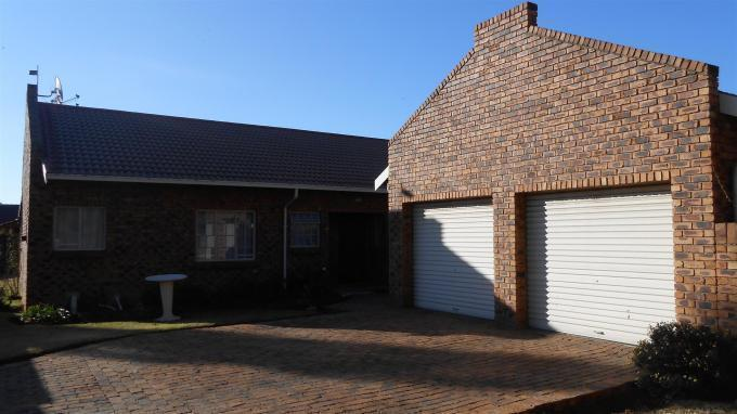 3 Bedroom Duet for Sale For Sale in Kempton Park - Private Sale - MR132634