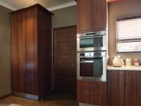 Kitchen - 14 square meters of property in Newmark Estate