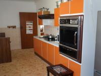 Kitchen - 22 square meters of property in Grabouw