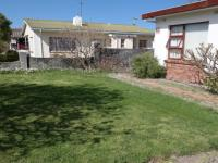Spaces - 24 square meters of property in Grabouw