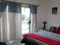 Bed Room 2 - 14 square meters of property in Bothasig