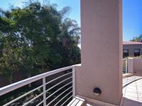 Balcony - 13 square meters of property in Silver Lakes Golf Estate