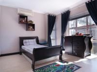 Bed Room 1 - 16 square meters of property in Silver Lakes Golf Estate
