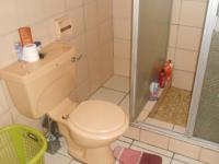 Main Bathroom - 12 square meters of property in Emalahleni (Witbank)