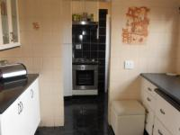 Kitchen - 20 square meters of property in Alan Manor