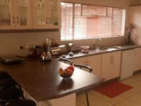 Kitchen - 30 square meters of property in Valhalla