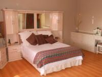 Main Bedroom - 45 square meters of property in Lyttelton Manor