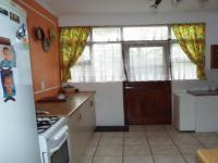 Kitchen - 10 square meters of property in Riviersonderend