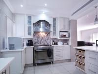 Kitchen - 15 square meters of property in Silverwoods Country Estate