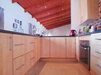Kitchen - 17 square meters of property in The Meadows Estate