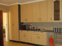 Kitchen - 21 square meters of property in Vaalpark