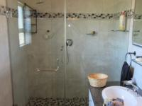 Bathroom 1 - 7 square meters of property in Johannesburg North
