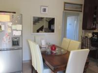 Dining Room - 21 square meters of property in Johannesburg North
