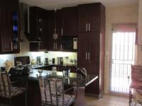 Kitchen - 14 square meters of property in Johannesburg North