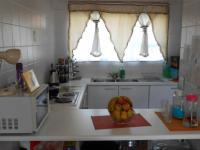 Kitchen - 7 square meters of property in Bedfordview
