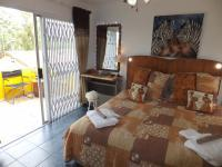 Bed Room 4 - 16 square meters of property in Queensburgh
