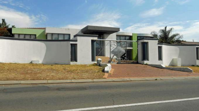 Standard Bank Repossessed 5 Bedroom House for Sale on online auction in Krugersdorp - MR133104