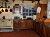 Kitchen - 35 square meters of property in Mnandi AH