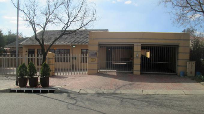 4 Bedroom Guest House for Sale For Sale in Secunda - Home Sell - MR133169