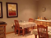 Dining Room of property in Secunda
